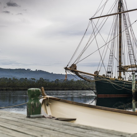 Franklin TAS. - Franklin; situated in the beautiful Huon Valley, just south of the the state's capital, Hobart. It's pristine natural beauty belies its...