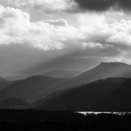 Causey Pike and light
