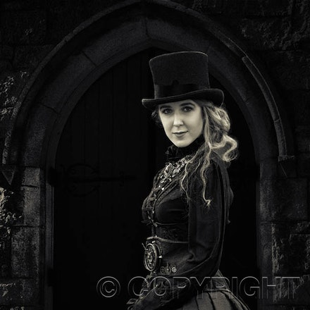 Portrait Lady Medieval Dress - Are you interested in modelling for Fashion shots?  Ring - 0419001324.