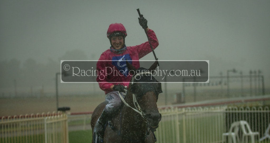 25 Feb 2018 R7-37 - 25th February 2018 - Mudgee Race Club - Race 7, CDRA Crty Champs Qualifier, 1400m - 1st, Cosmologist, Eleanor Webster-Hawes / Dean...