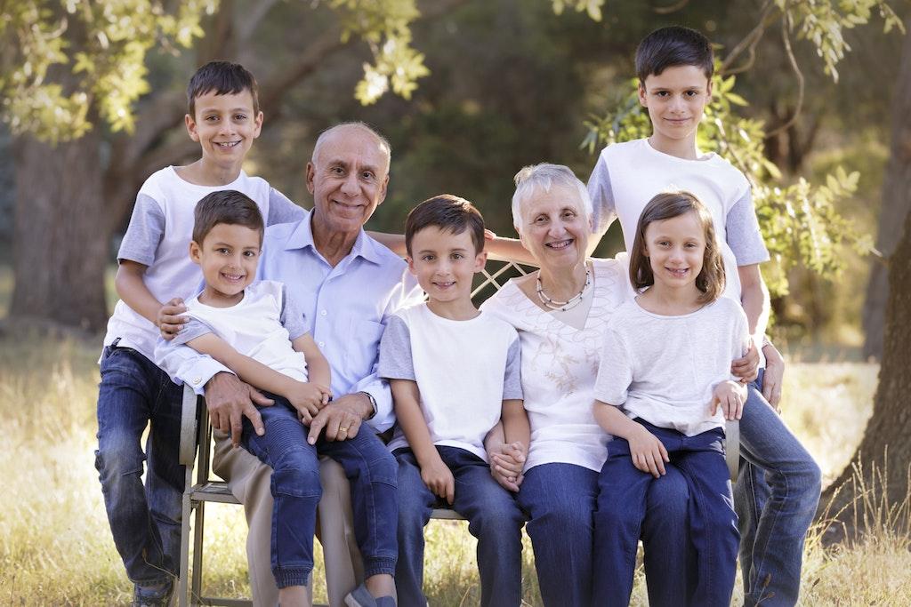 grandparents with all grandchildren