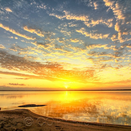 Lake Cootharaba - Photography of the Lake Cootharaba in Queensland