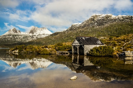 Dove Lake Cradle Mountain Tasmania - Photo by Teale Shapcott