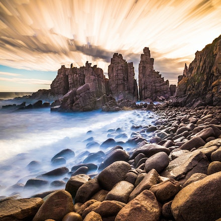 Australia - A selection of my favourite images from Melbourne, Victoria and around Australia. Seascapes, Landscapes, Cityscapes, Sunrises, Sunsets, Black...