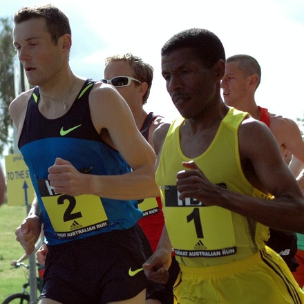 Two of the greatest - One of the greatest ever distance runners, Haile Gebrselassie, and one of Australia's greatest ever, Craig Mottram, run side-by-side...