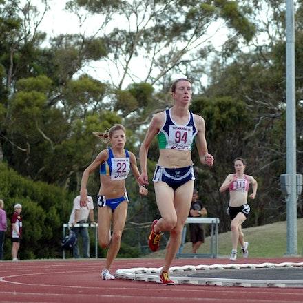 Donna MacFarlane - Donna MacFarlane leads Lara Tamsett in the women's 3000m at the 2008 Briggs Athletics Classic.