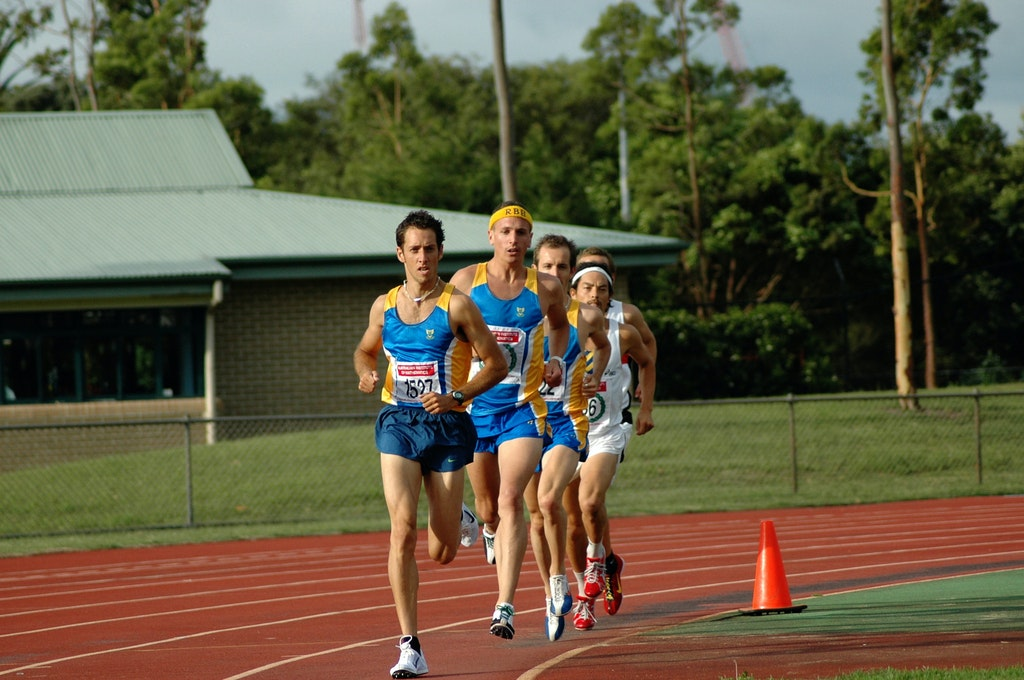 Randwick Botany pace train - Jeff Farelly and Jeremy Roff pacing clubmate Jeff Hunt in the 5000m at the NSW Club Premiership at ES Marks in November 2007.
