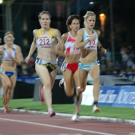 Georgie Clarke - Georgie Clarke in action in the 1500m at the 2008 Melbourne World Athletics Tour meet.