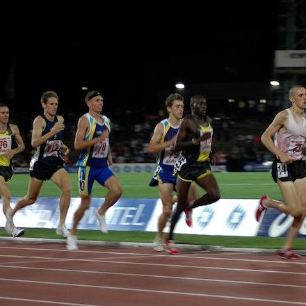 Men's 1500m - The field in the men's 1500m, led by Andy Baddeley, at the 2008 Melbourne World Athletics Tour meet.