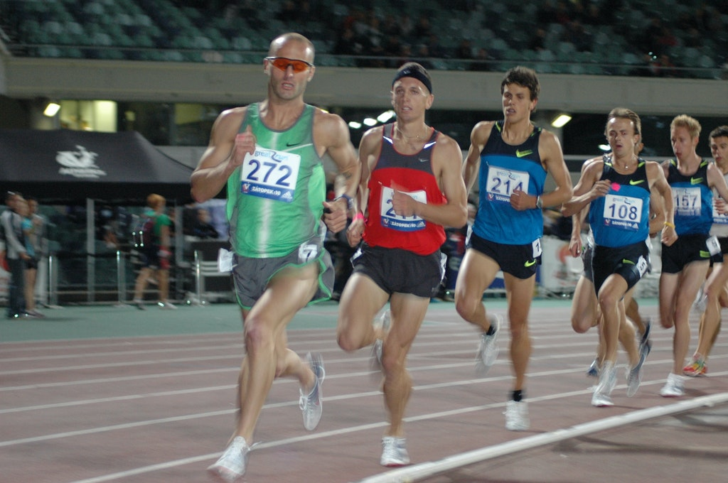 Men's 1500m - Justin Rinaldi paces the field in the 1500m with Jeremy Roff and Jeff Riseley in close pursuit.