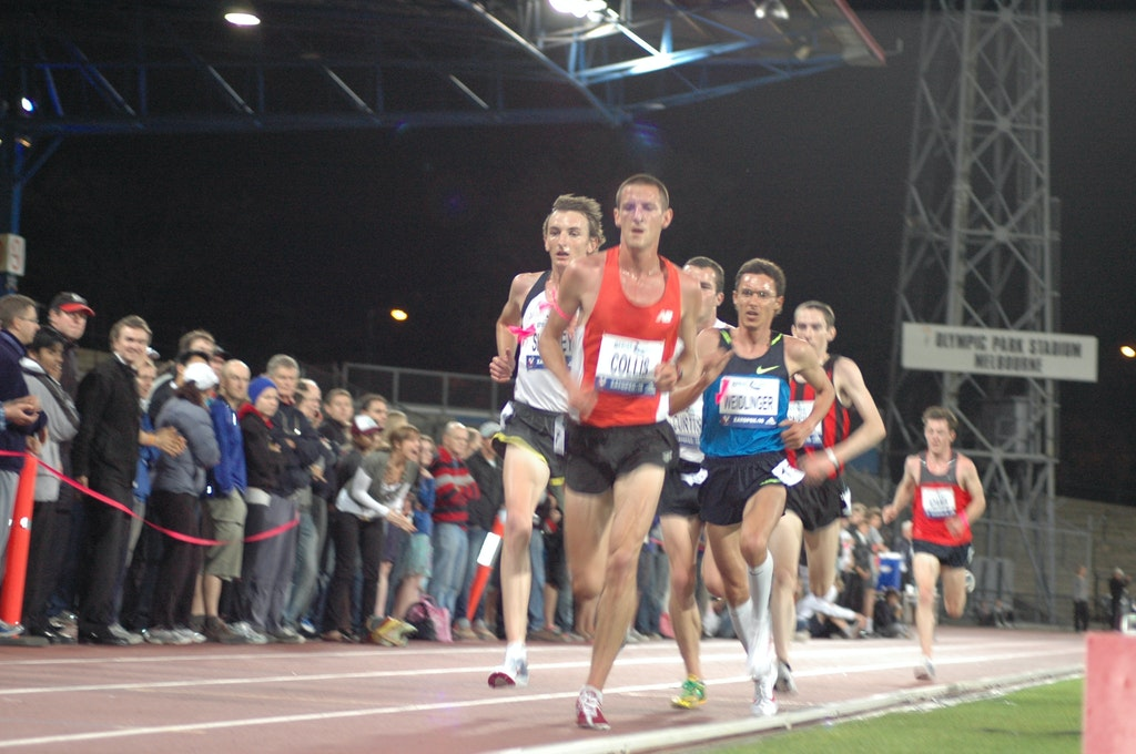 Zatopek 10000m - Collis Birmingham leading the field in the 2008 Zatopek 10000m.