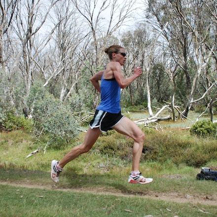 Nikki Chapple - Nikki Chapple strides out in training at Falls Creek in December 2008.