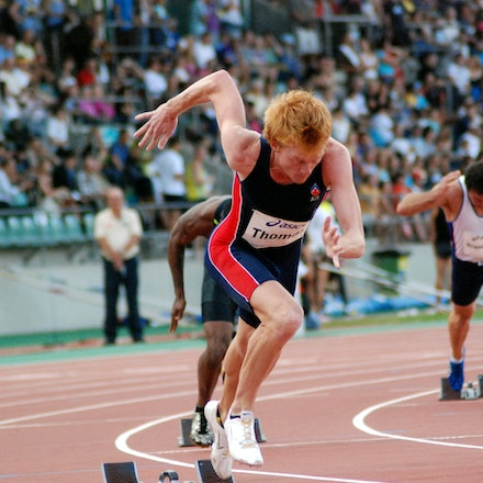 Thomas out of the blocks - Tasmania's Tristan Thomas leaves the blocks in the 400m hurdles at the 2009 Sydney Track Classic.