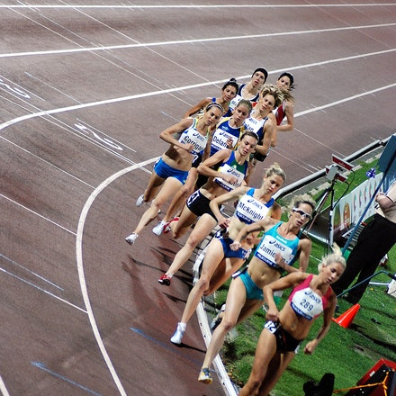 Women's 1500m - Kelly Hetherington paces the field through the early stages of the women's 1500m at the 2009 World Athletics Tour meet in Melbourne, with...