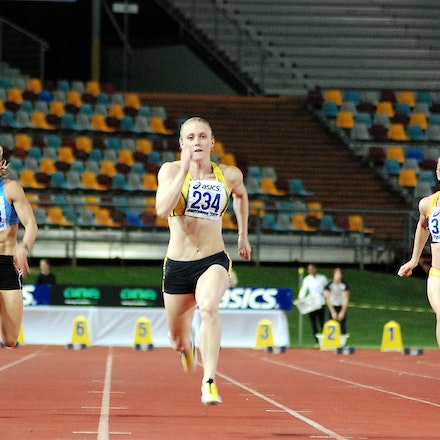 Sally supreme - Sally McLellan took out her heat of the 100m at the 2009 Australian Athletics Championships with a swift run of 11.40 seconds (+0.1).