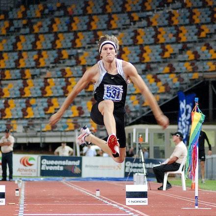 Alwyn Jones - Alwyn Jones leapt 16.83m (+0.8) to take gold in the triple jump at the 2009 Australian Championships in Brisbane.