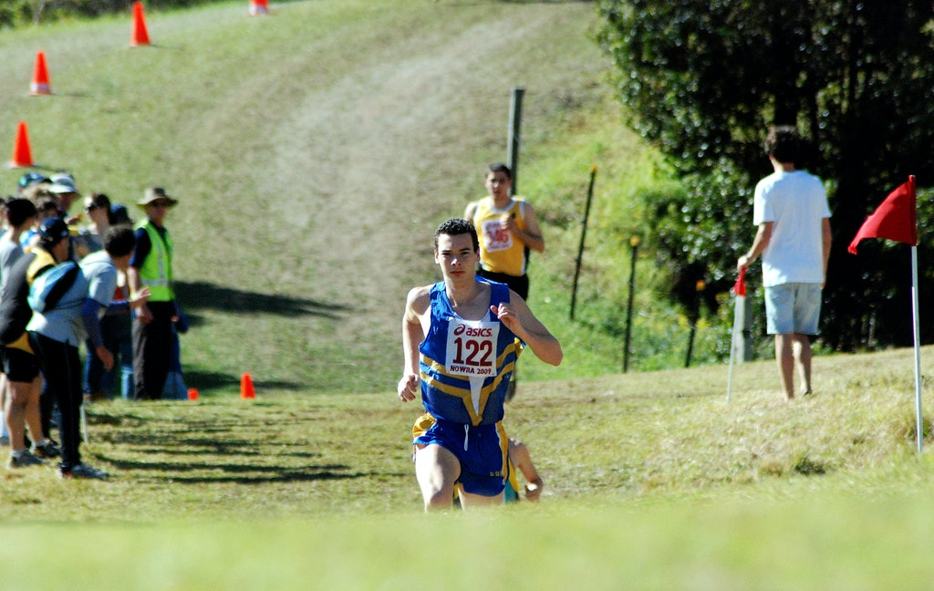 Harry Summers - A front running effort from NSW's Harry Summers led to victory by almost a minute in the junior race at the 2009 Australian Cross Country...
